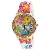 女性のダイヤモンドパターンのラバーバンドの腕時計