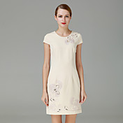 女性 シンプル カジュアル/普段着 シース ドレス,刺しゅう ラウンドネック 膝上 長袖 ホワイト ポリエステル 秋 ミッドライズ 伸縮性なし ミディアム