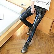 春パーソナライズされた革のズボンの男性の韓国のスリム鉛筆のズボンの足のズボン潮のヘアスタイリスト機関車