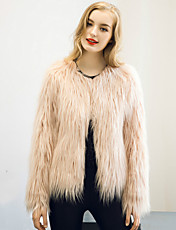 Women's Plus Size / Casual/Daily Fur CoatSolid Long Sleeve Winter White / Beige / Black / Brown / Gray Faux Fur