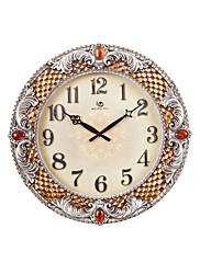 """19.2 """"H Classic Květinové embosované a Red Ruby Polyresin Nástěnné hodiny"""