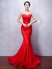 Formální večerní šaty - sexy trumpet / mořská panna Sweetheart zametání / kartáč vlak tyle s aplikací beading
