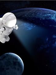 Usb led night light cartoon shape the white spaceman pc power bank fonte de alimentação dc 5v lâmpada de mesa