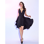 Cocktail Party / Homecoming / Holiday Dress - Short Plus Size / Petite A-line Spaghetti Straps Knee-length Taffeta with Criss Cross