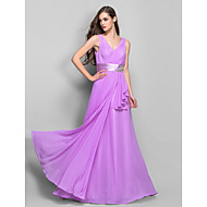 Formal Evening / Prom / Military Ball Dress - Lilac Plus Sizes / Petite Sheath/Column V-neck Floor-length Chiffon / Stretch Satin