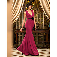 Prom/Military Ball/Formal Evening Dress - Burgundy Trumpet/Mermaid V-neck Floor-length Jersey