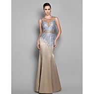 Prom / Formal Evening / Military Ball Dress - Plus Size / Petite Trumpet/Mermaid Jewel Floor-length Lace