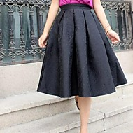 Women's Vintage Black/Red Jacquard Posed Skirts