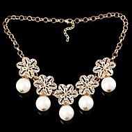 Fashionable Women's Flower-Shaped Colorful Pearl Alloy Necklace White (1Pc)