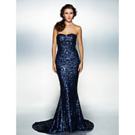 Formal Evening Dress - Dark Navy Plus Sizes Trumpet/Mermaid Sweetheart Court Train Sequined
