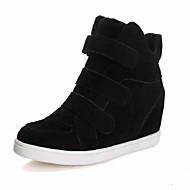 Women's Spring / Fall / Winter Wedges / Round Toe Faux Suede Casual Wedge Heel Magic Tape Black / Red