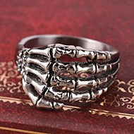 Men's Europe Personality Claws Titanium Steel Ring