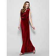 Sheath/Column Plus Sizes / Petite Mother of the Bride Dress - Burgundy Floor-length Sleeveless Velvet