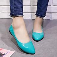 נעלי נשים - שטוחות - עור פטנט / דמוי עור - שפיץ - שחור / כחול / צהוב / ורוד / סגול / אדום / לבן / בז' -משרד ועבודה / שמלה / קז'ואל /