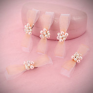 Bride's Bowknot Rhinestone Pearl  Forehead Wedding Headdress Hairpins Clip 1 PC