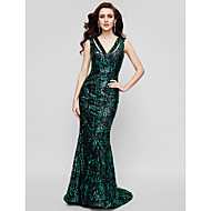 TS Couture® Formal Evening / Military Ball Dress - Dark Green Plus Sizes / Petite Trumpet/Mermaid / Sheath/Column V-neck Sweep/Brush Train Sequined