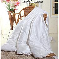 couettes en soie blanc d'hiver beige rose