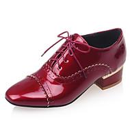 Szögletes orrú-Alacsony-Női cipő-Félcipők-Irodai / Ruha / Alkalmi-Bőrutánzat-Fekete / Piros / Fehér / Mandula