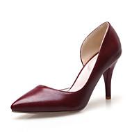 Calçados Femininos-Saltos-Saltos / Bico Fino-Salto Agulha-Preto / Branco / Vinho-Courino-Escritório & Trabalho / Social / Festas & Noite