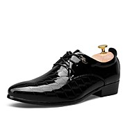 Men's Shoes Wedding / Outdoor / Office & Career / Party & Evening / Dress / Casual Synthetic Oxfords Black / Brown