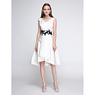 TS Couture® Cocktail Party Dress A-line V-neck Knee-length Satin with Appliques