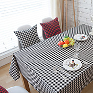 Square Gingham Table Cloth , Cotton Blend Material Hotel Dining Table / Table Decoration