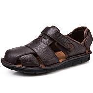 Muške Sandale Cipele za vodu Udobne cipele Mekana koža Proljeće Ljeto Jesen Kauzalni Crn Kava 2.5 cm - 4.5 cm