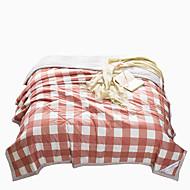В клетку Стеганныеодеяла материал Полуторный комплект (Ш 173 x Д 218 см) Queen (Ш 224 x Д 234 см) 1 одеяло