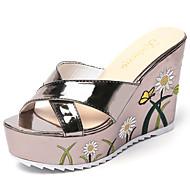 Feminino Chinelos e flip-flops Couro Ecológico Verão Caminhada Combinação Rasteiro Prata Cinzento 7,5 a 9,5 cm