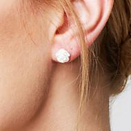 Női Beszúrós fülbevalók Alap Divat minimalista stílusú jelmez ékszerek Ezüst Flower Shape Ékszerek Kompatibilitás Esküvő Parti Napi