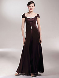 LAN TING BRIDE Sheath / Column Plus Size Petite Mother of the Bride Dress - Elegant Floor-length Short Sleeve Chiffon Satin withAppliques