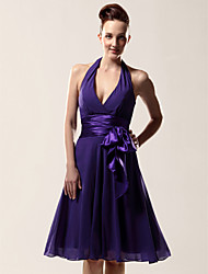 Knee-length Chiffon Bridesmaid Dress A-line Halter / V-neck Plus Size / Petite with Bow(s) / Sash / Ribbon