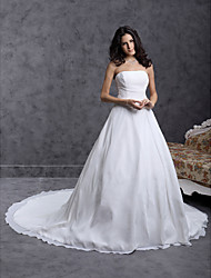 Ball Gown Plus Sizes Wedding Dress - Ivory Chapel Train Strapless Chiffon