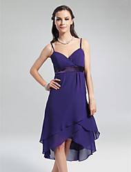 Knee-length / Asymmetrical Chiffon Bridesmaid Dress - Plus Size / Petite A-line / Princess V-neck / Spaghetti Straps