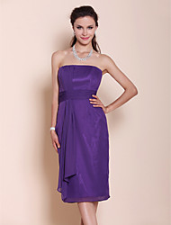 Lanting Bride® Knee-length Chiffon Bridesmaid Dress - Sheath / Column Strapless Plus Size / Petite with Draping / Ruching