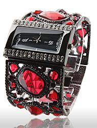 Роскошные женские часы с черным браслетом и камнями