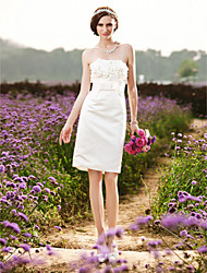 Sheath / Column Wedding Dress - Chic & Modern Reception Little White Dress Knee-length Strapless Satin with Bow Flower Ruche Sash / Ribbon