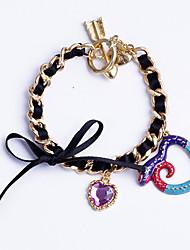 serpente colorida moderna e pulseira de coração misto