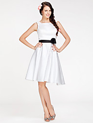 Knee-length Satin Bridesmaid Dress - White Plus Sizes / Petite A-line / Princess Square