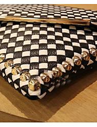 моде черно-белая ткать сцепления (31 * 1 * 22см)