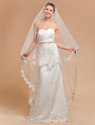 Elegant One-tier Waltz Wedding Veil With Lace Applique Edge