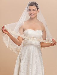 1 Layer Marvelous Fingertip Wedding Veil With Gold Lace Applique Edge