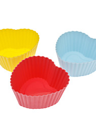 Heart Shaped Colorful Silicone Cup Cake Mould (3pcs, Random Color)