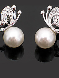 Women's Retro Fashion Butterfly Alloy Stud Earrings With Imitation Pearl