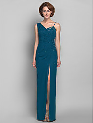 Lanting Bride® Sheath / Column Plus Size / Petite Mother of the Bride Dress Floor-length Sleeveless Chiffon withAppliques / Beading /
