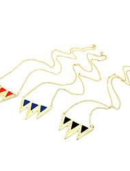 goteo triángulo de la moda retro largo suéter cadena collar multicolor (color al azar)