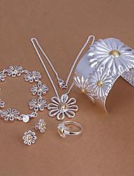 conception d'argent chrysanthème collier plaqué blanc en alliage de cuivre, boucles d'oreilles, bracelets et jeu de bague