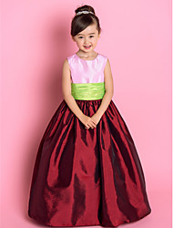Lanting Bride A-line / Princess Floor-length Flower Girl Dress - Taffeta Sleeveless Jewel with Ruching