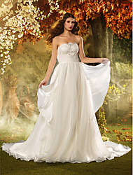 Lanting  Sheath/Column Strapless Floor-length Tulle Wedding Dress (618808)