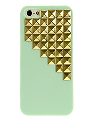 Gold Pyramid Rivets Studs Design PC Hard Case for iPhone 5/5S (Assorted Colors)